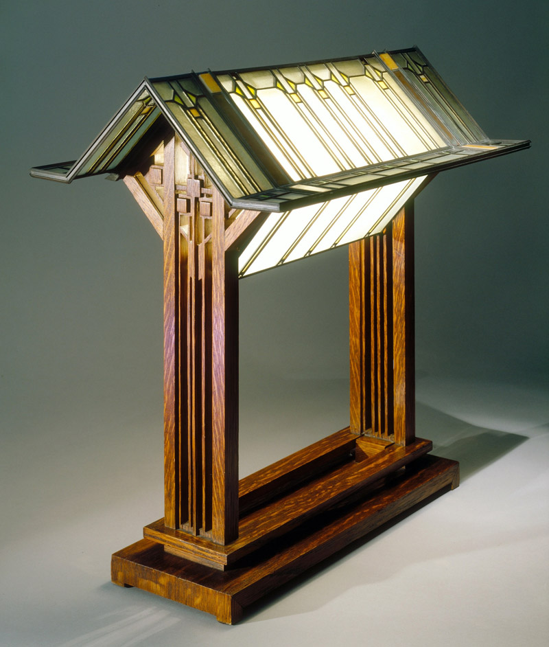 George M. Niedecken table lamp. Design inspired by Frank Lloyd Wright
